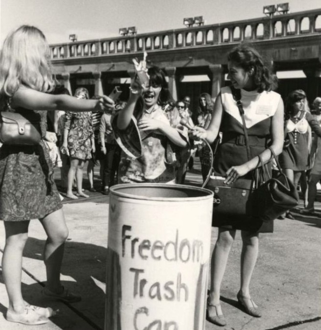 freedom trashcan